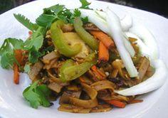 Spicy Peanut Rice Noodles - Rice noodles soak up savory flavors of ...
