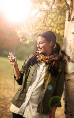 Valkee 2 - Lichttherapie Headset 6-12 Minuten am Tag reichen aus.      Keine langwierigen Sitzungen mehr vor den üblichen Lichtlampen! Beim Valkee reicht eine Anwendung von 6-12 Minuten, um die benötige tägliche Lichtdosis zu ersetzen.  Ganz klein und immer dabei Sie könnenValkeebenutzen, wo Sie wollen. DerValkeeist so klein, das Sie ihn zum Beispiel am Morgen, während der Fahrt zur Arbeit nutzen können ...