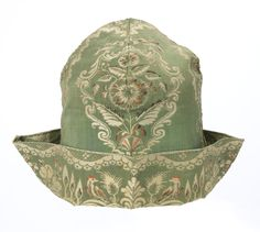 embroidered cap, silk, French, 1730