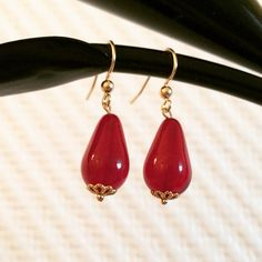 Boucles dormeuses rouge