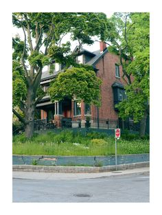 Toronto Toronto, Garage Doors, Sidewalk, Live, Outdoor Decor, Home Decor, Walkway, Homemade Home Decor, Decoration Home