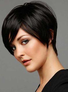 Kısa Katlı Kesim Koyu Kestane Saç Modelleri