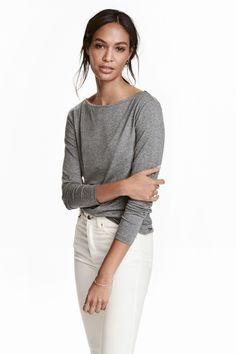 Boat-neck top: Top in soft jersey with a slight sheen, with a boat neck and long sleeves.