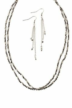 TRENDY FASHION FACETED METAL BEAD NECKLACE BY FASHION DESTINATION | (Silver)
