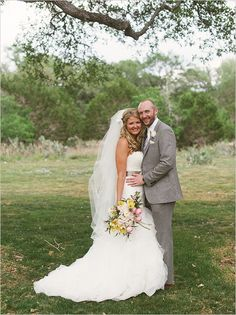 Bride and groom portraits at rustic Texas Wedding. Captured By: Sunny 16 Photography --- http://www.weddingchicks.com/2014/05/29/vintage-reception-with-steal-worthy-ideas/