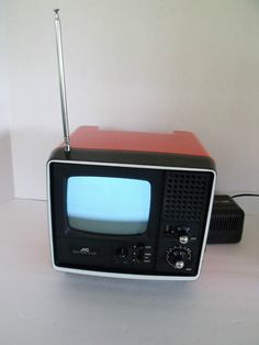 JVC 3030 Portable Tv, Vintage Tv, Box Tv, Industrial Design, Televisions, Black And White, Retro, Buttons, Technology