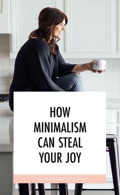 Minimalist Lifestyle, Minimalist Home, Simple House, Simple Living, Overwhelmed Mom, Mini Ma, Living On A Budget, Abundant Life, Stressed Out