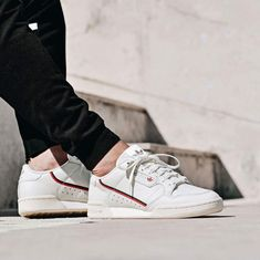 1581a8dc37 adidas Originals Continental 80 Sneakers Adidas, Adidas Outfit, White  Sneakers, Tenis Basketball,