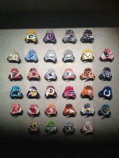 NFL football gloves