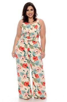 Macacão Plus Size Laryma - - Macacão Plus Size Laryma Source by Big Girl Fashion, Over 50 Womens Fashion, Plus Size Dresses, Plus Size Outfits, African Fashion Dresses, Fashion Outfits, African Print Dress Designs, Plus Size Summer Outfit, Plus Size Fall Fashion