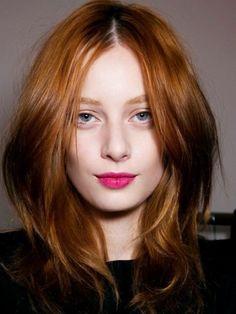 Taglio di capelli medio ronze