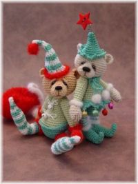 Thread Bears - this page is incredible and even has patterns you can purchase. very creative!