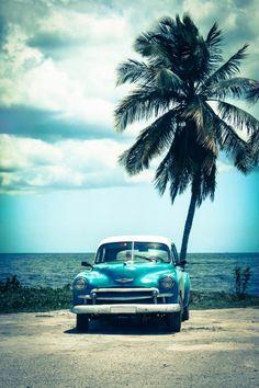 """""""Colours of Cuba"""" eine Aufnahme aus dem CEWE Fotowettbewerb von Julia Ehmer. Mehr zum Wettbewerb hier: https://contest.cewe-fotobuch.de/verkehr-2016"""