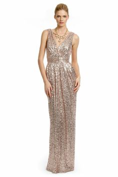 Such a gorgeous sparkly gold long dress #wedding #dress #gold #glitter #goldwedding