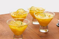 Triple-Citrus Margarita recipe - I LOVE tequila. The idea of adding it to Crystal Light worries me.until I realize.there is tequila in it. Key Lime Margarita, Margarita Pie, Easy Margarita Recipe, Margarita Recipes, Kraft Foods, Kraft Recipes, Fun Drinks, Yummy Drinks, Alcoholic Beverages