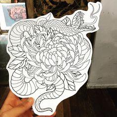 Dragon Tattoo Arm, Snake Tattoo, Arm Tattoo, Hand Tattoos, Tattoo Ink, Japanese Sleeve Tattoos, Full Sleeve Tattoos, Flor Oriental Tattoo, Chrysanthemum Tattoo