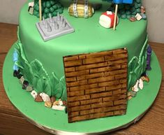 #Fortnite cake side view