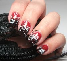 The Clockwise Nail Polish: Kiko 239 Rosso Vermiglio & Roses Nail Art