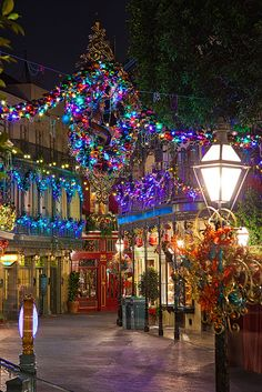 I LOVE Disneyland during Christmas time- especially New Orleans square! Christmas Scenes, All Things Christmas, Christmas Lights, Christmas Holidays, Merry Christmas, Christmas Decorations, New Orleans Christmas, Disney Holidays, Tree Decorations