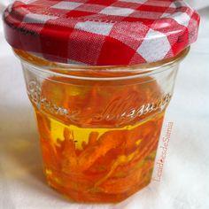 Les idées de Samia | Blog écologique: [DIY] Avoir bonne mine grâce au macérat huileux de carotte fait-maison + [Etiquettes inside].