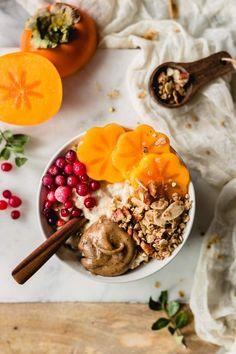 Stovetop gingerbread granola - My Berry Forest Breakfast Food List, Breakfast Bowls, Healthy Breakfast Recipes, Brunch Recipes, Vegan Breakfast, Health Breakfast, Breakfast Club, Gingerbread Granola Recipe, Gingerbread Recipes