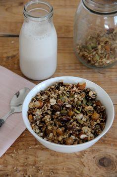 {Vegan & Gf} Fry Pan Granola — little alice Breakfast Snacks, Granola, Fries, Oatmeal, Snack Recipes, Alice, Yummy Food, Vegan, The Oatmeal