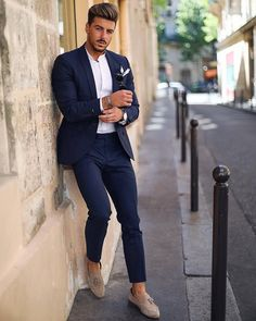 Blue suit men Mens fashion suits Suit combinations Suit fashion Mens outfits Suit and tie Navy blue suit Well dressed men Wedding suits men Formal Men Outfit, Men Formal, Formal Suits, Work Outfit Men, Mens Fashion Suits, Mens Suits, Mens Casual Suits, Terno Casual, Blue Suit Men