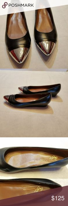 Donald J Pliner Black Noelle leather flats Soft premium leather with silver tips Extraordinary craftmanship, excellent condition. No scuffs or flaws Donald J. Pliner Shoes Flats & Loafers