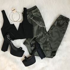 Cute outfit idea to copy ♥ For more inspiration join our group Amazing Things ♥ You might also like these related products: - Sweaters ->. Teen Fashion Outfits, Edgy Outfits, Cute Casual Outfits, Swag Outfits, Outfits For Teens, Dress Outfits, Summer Outfits, Girl Outfits, Mode Rockabilly