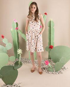 Abito dell'estate, che bellezza, ti abbiamo trovato. Disponibile su www.lazzarionline.com e nei nostri negozi. #LazzariGirl