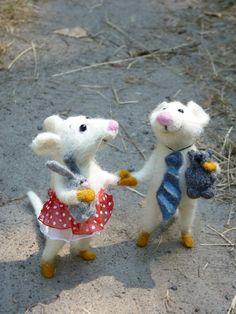 Mouse couple handmade by SvetlanaToys