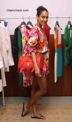 Lisa Haydon  (M so in love with her  Proenza Schouler fringe bag <3)