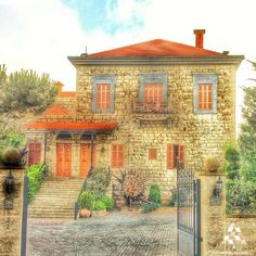 An amazing traditional #Lebanese house in the lovely #Bhamdoun By Lana Aoude  #Lebanon #WeAreLebanon
