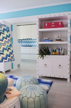 Cool Blue Maria Barros World Of Interiors, Composition Design, Palm Springs, Office Ideas, Palm Beach, Home Interior Design, Bright Colors, Bookshelves, Beach House