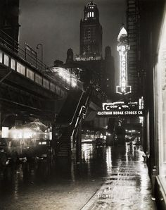 Looking north on Wabash from Washington, 1930, Chicago.