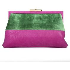 Leather and velvet clutch Roberta di Camerino (29.060 RUB) ❤ liked on Polyvore featuring bags, handbags, clutches, purple leather purse, genuine leather purse, real leather handbags, velvet handbag and leather clutches