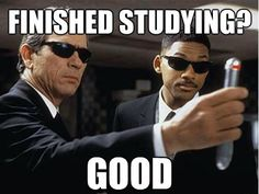 Tommy Lee Jones & Will Smith- Men in Black Men In Black, Tommy Lee Jones, How I Feel, How Are You Feeling, Teaching Memes, Danny Glover, College Memes, College Life, Study College