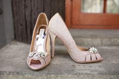 Vintage Wedding Pink Color Theme - Rustic Wedding Chic Wedding High Heels, Pink Wedding Shoes, Pink Wedding Theme, Pink Dress Shoes, Rustic Dresses, Pink Bridesmaid Dresses, Allure Bridal, Vintage Stil, Bride Shoes
