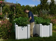 Compost and Garden in the same vesselDrought resistant - The Keyhole Garden requires considerably less water by designMade with a food-grade BPA free Po. Cheap Raised Garden Beds, Raised Bed Garden Design, Raised Beds, Raised Gardens, Garden Compost, Gardening, Vegetable Garden, Garden Design Pictures, Rose Garden Design