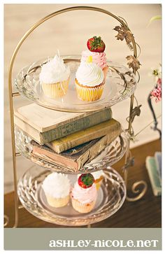 Cupcakes & old books!