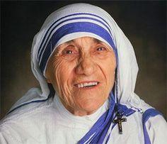 Teresa de Calcuta, de nombre secular Agnes Gonxha Bojaxhiu, fue una monja católica de origen albanés naturalizada india, que fundó la congregación de las Misioneras de la Caridad en Calcuta en 1950. Recibio el Premio Nobel de la Paz en 1979