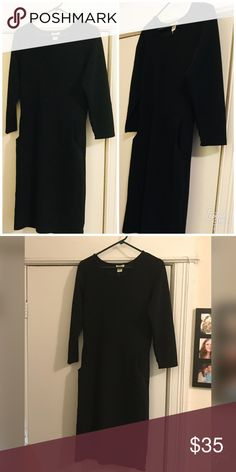 Elbow sleeve black dress with pockets! Perfect for date night to show off those curves or conservative enough for the office with a blazer or accent belt. Pockets guys-I mean I don't need to say more. Says size Large but fits like a medium. So I'm listing as a medium. Dresses Midi