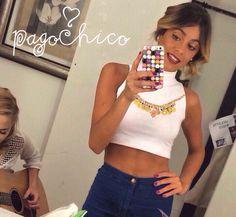 """@pagochico: """"nuestra pioja hermosa Tini ayer con top hamsa @pagochico  que colorcito pegamos Tinita  bella !!!"""" AMO❤️ Les quiero contar que las grabaciones de #violetta3 no terminaron! Ahora estamos grabando capitulos 60-70. Ayer con Mechi en el camarin."""