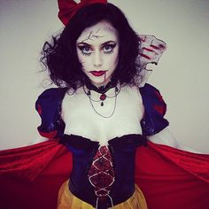 It takes some seriously pale skin and creepy makeup skills to pull off this look, but it's totally worth it!