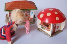 A Fifities Miniature Toy Shop by diepuppenstubensammlerin - Dolls' Houses Past & Present