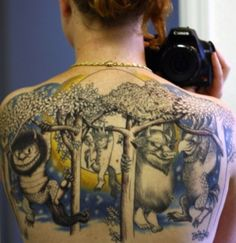 "She must have really been into ""Where The Wild Things Are"" to get a full upper back tatoo like this. Funny Tattoos, Love Tattoos, Beautiful Tattoos, Picture Tattoos, Body Art Tattoos, Awesome Tattoos, Tatoos, Worst Tattoos, Bad Tattoos"