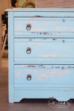 Chippy look with Miss Mustard Seed's Milk Paint: painting over latex paint