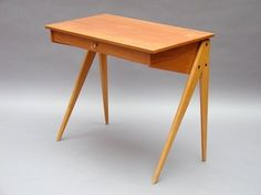 Dressing Table, 1957 Dressing Table designed by Yngve Ekström, 1957 Yngve Ekström was a Swedish architect, known his contribution to Scandinavian Modern Design. Dressing Table Design, Dressing Tables, Scandinavian Modern, Mid Century Modern Design, Woody, Midcentury Modern, Desks, Consoles, Dutch