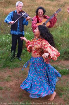 Gypsy dance.