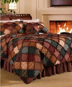 Donna Sharp Campfire Full/Queen Cotton Quilt - American Heritage Textiles cotton bedding collection is a traditional rag quilt, meaning small squares of woven, not printed, fabrics joined together with exposed seams that are clipped and fr Diy Quilt, Quilt Bedding, Bedding Sets, Waverly Bedding, Bed Quilts, Flannel Rag Quilts, Cotton Quilts, Cotton Bedding, Colchas Country